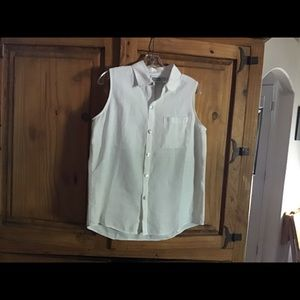 Chico's Design 100% Linen top, button up front.